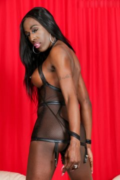 QueenEmi from Liverpool,United Kingdom